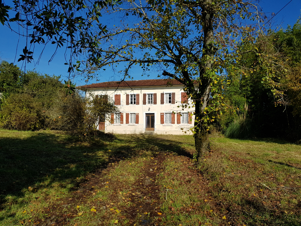 Maison de village Hagetmau 10 pièce(s) 170 m2