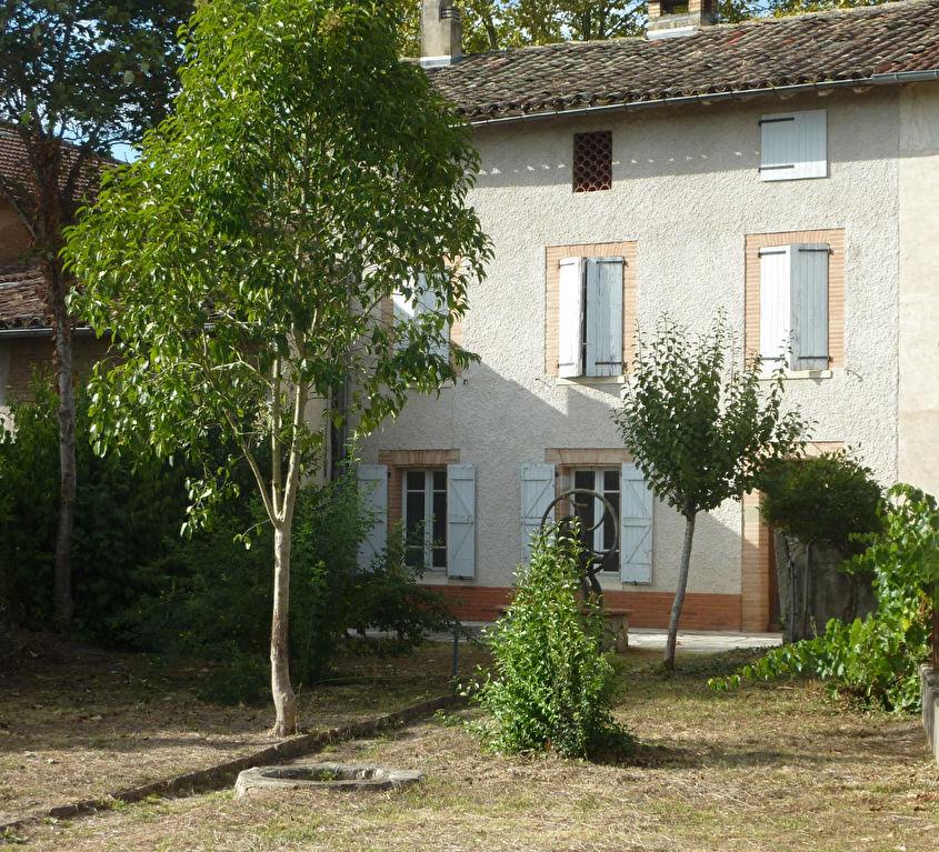 Maison de ville Lisle-sur-tarn - 5 pièce(s) - 164 m² -214 000 €
