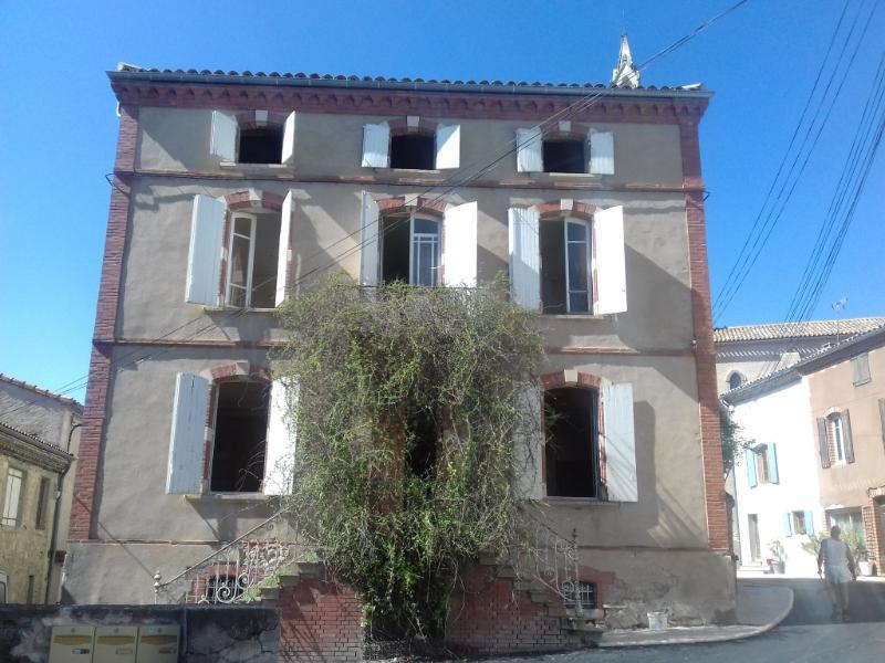 Maison Cahuzac Sur Vere 10 pièce(s) 230 m2