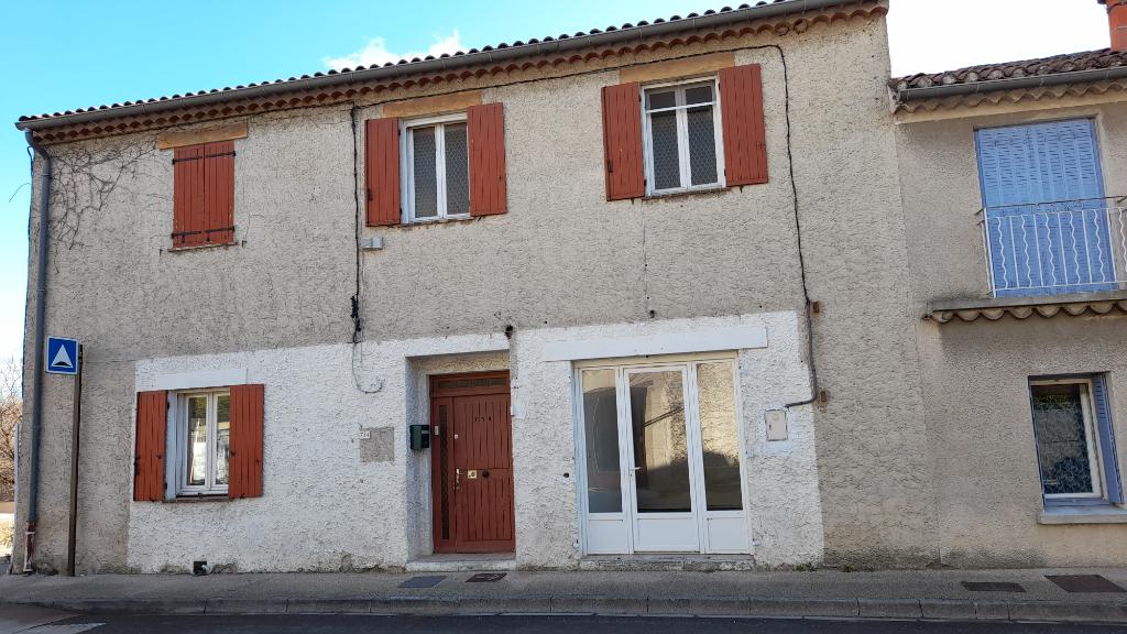 Maison de ville de plus de 210 m2 en très bon état et beaux volumes. contact : 0699425308
