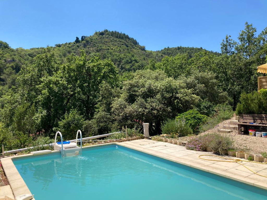 Jolie maison loft de 95m2 à Condorcet avec piscine au calme et une vue magnifique 0668368774