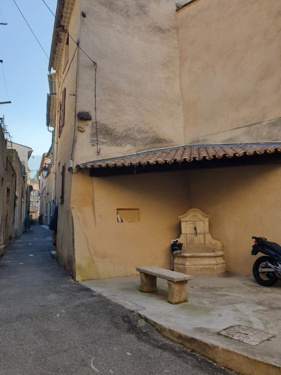 Maison de village Nyons 3 pièces 77 m2 0618473547