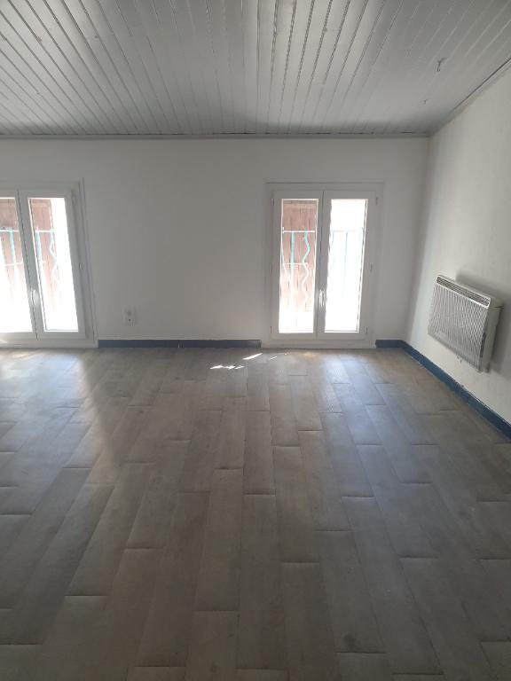 Joli Studio à Nyons 1 pièce(s) 45 m2 0618473547