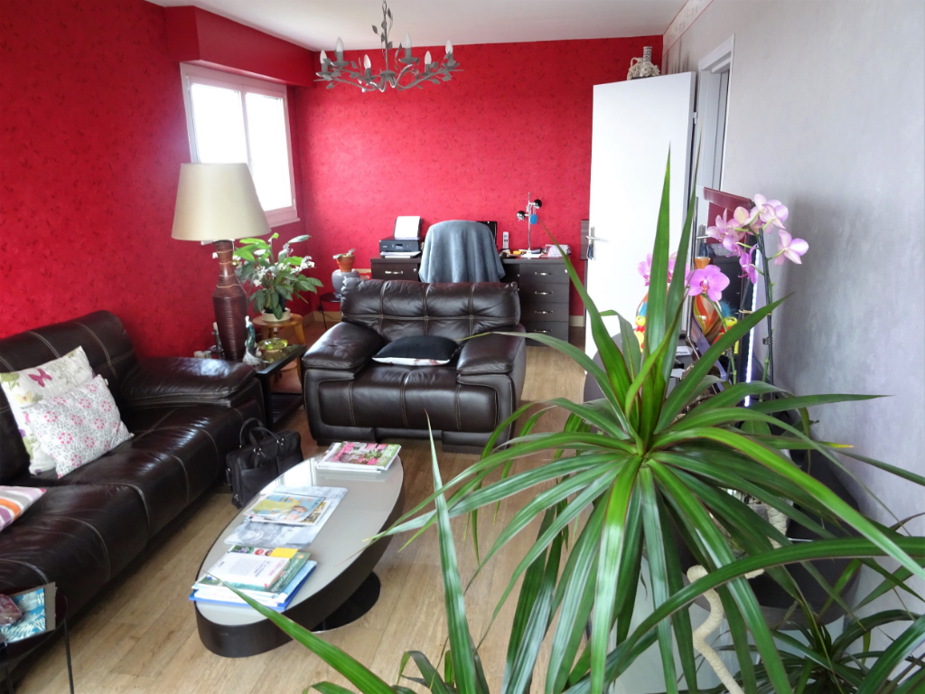 APPARTEMENT POITIERS, 90M², 3 CHAMBRES.