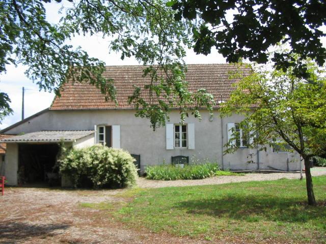 St Gérand de Vaux - Maison de campagne de plain-pied, habitable de suite sur un terrain de 2500 m².