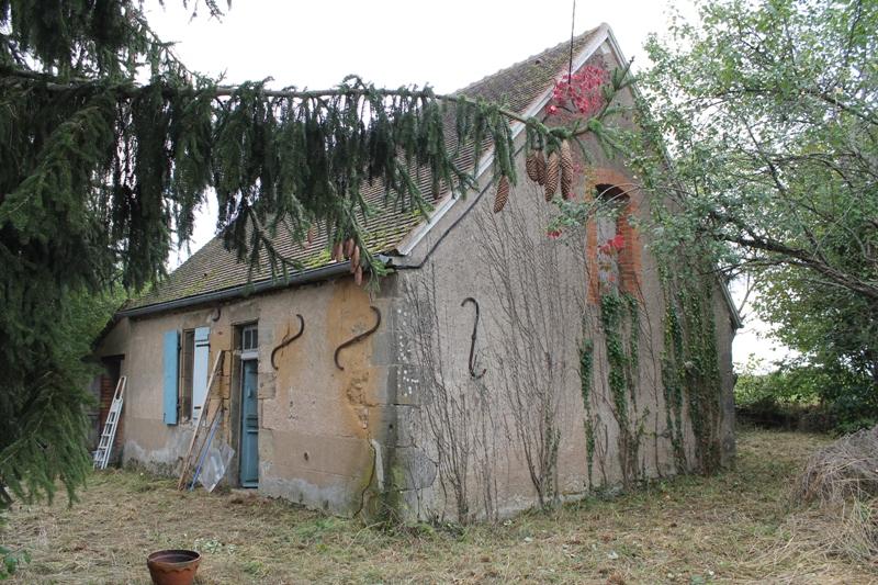YGRANDE - Maison individuelle sur un terrain de 4400m²