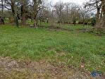 Proche du bourg de Neulliac Terrain constructible de 672 m2 1/1