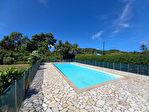 REMIRE-MONTJOLY - Studio 42 m²  résidence avec piscine et régisseur 4/12