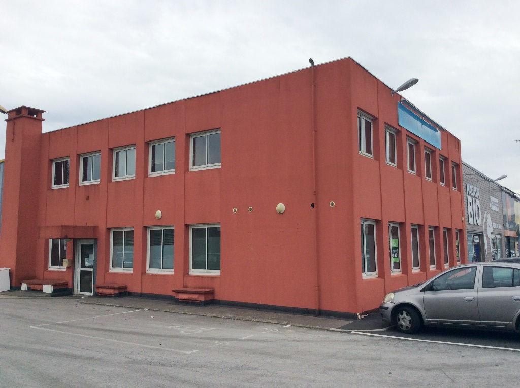 Local commercial / Boulevard de Plymouth Brest 500 m2