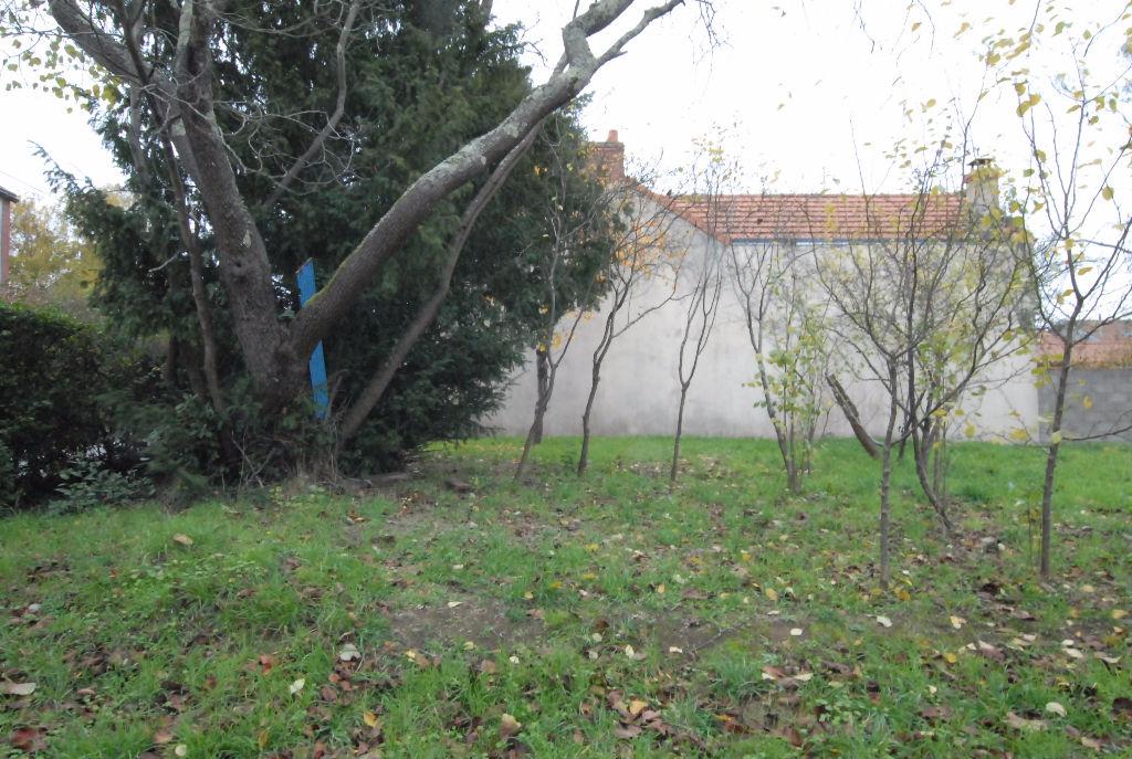 VIEUX LA MONTAGNE,TERRAIN 275 m² 1ER RIDEAU