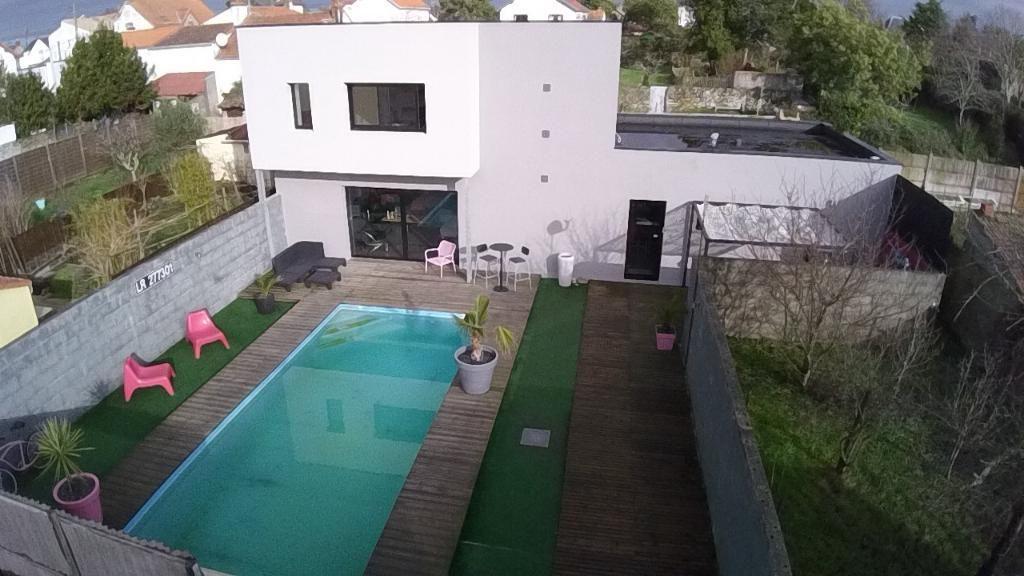 LA MONTAGNE, PLEIN CENTRE, MAISON  DE 2010, 140M²