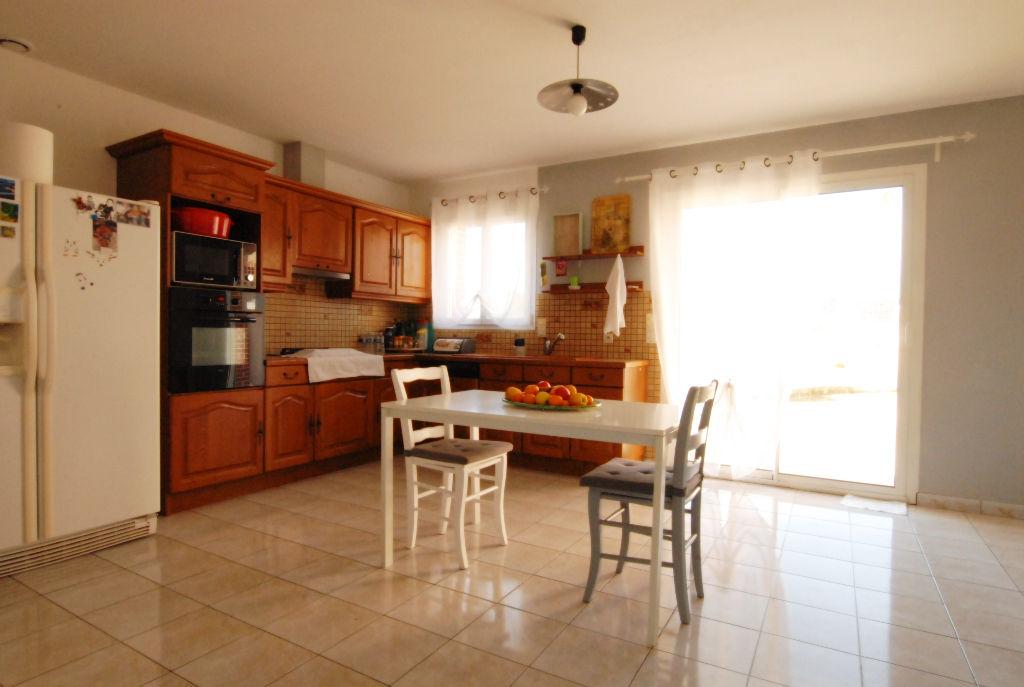 ROUANS, FAMILIALE 150 M² HABITABLES, 4 CHAMBRES, 1430 M² DE TERRAIN