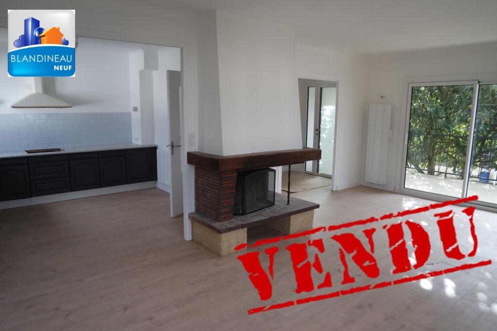 Appartement BOUGUENAIS  LES COUETS  4 chambres + bureau