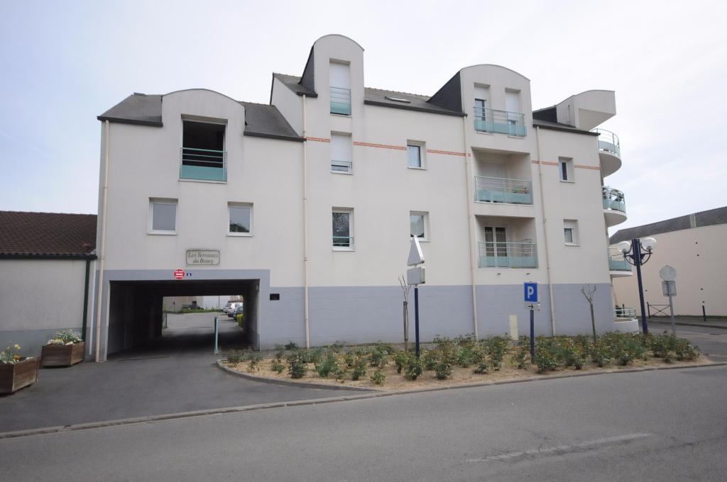 T2 d'environ 44 m² EN DUPLEX A BOUGUENAIS BOURG