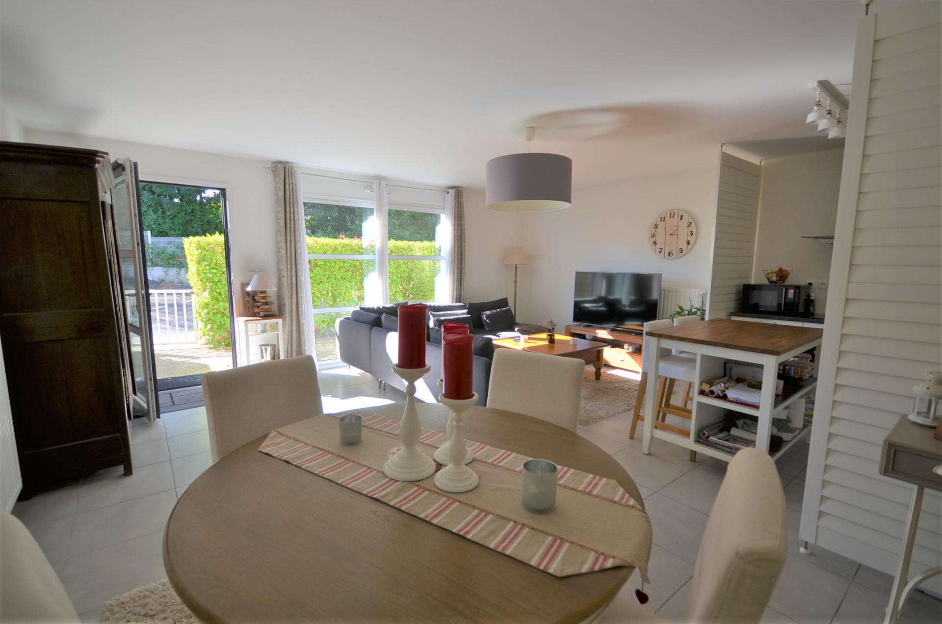 Brest - appartement récent avec vue rade, jardinet , terrasse