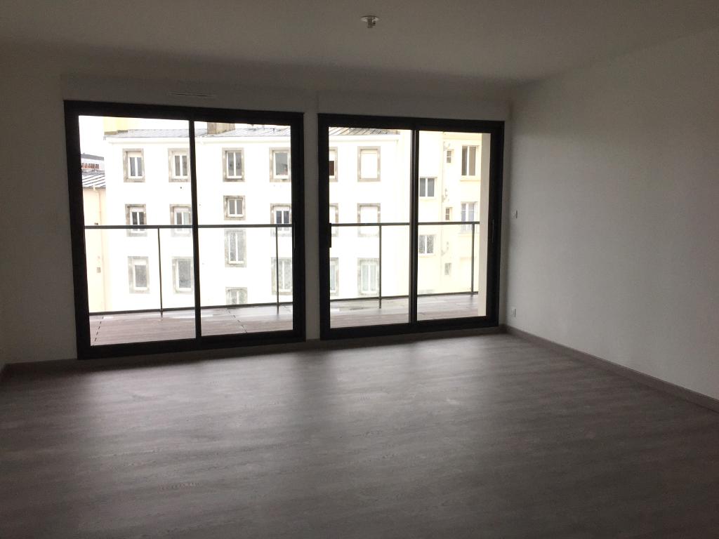BREST CENTRE VILLE - Appartement T3 neuf de 67m² avec parking et cave