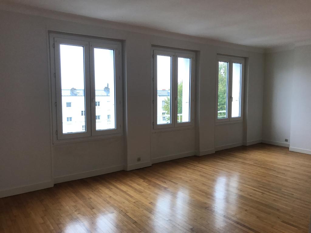 Appartement T4 Dernier étage Brest Triangle d'or