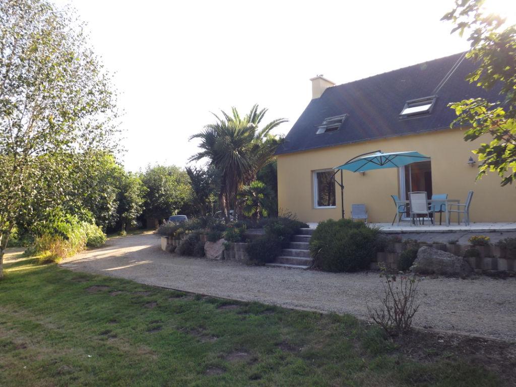 COMPROMIS SIGNÉ -LANRIVOARE, Bourg, belle contemporaine de 131m²- 4 Chambres