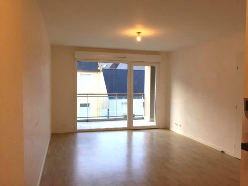 GUILERS - Appartement T3 récent de 60m² avec balcon et place de stationnement privative