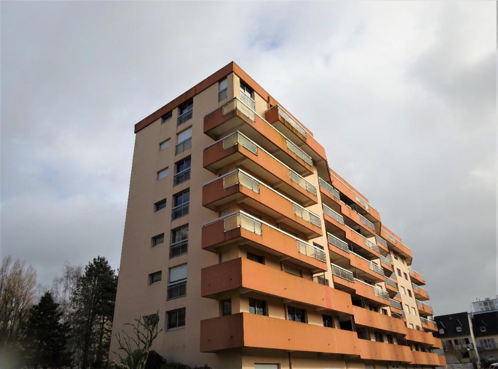 Kerinou, T5 de 83m² avec vue dégagée