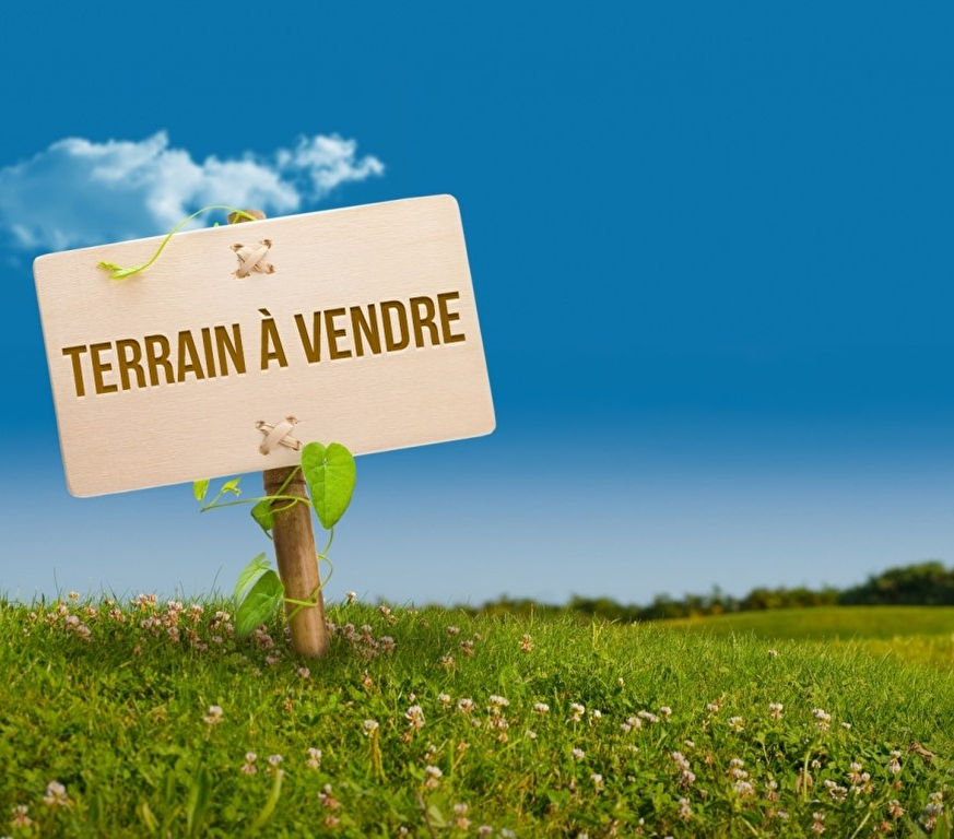 Offre d'achat acceptée - Terrain Ploudalmezeau 487 m2 Plein Centre