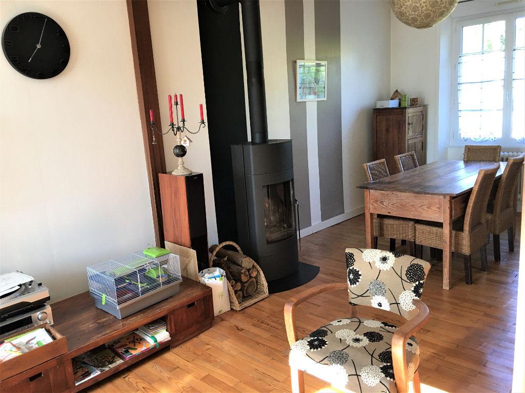 SAINT-RENAN -Maison 4 chambres-Proche centre et commodités