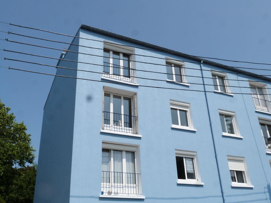 Brest Rive droite Appartement Type 4  avec 3 chambres.
