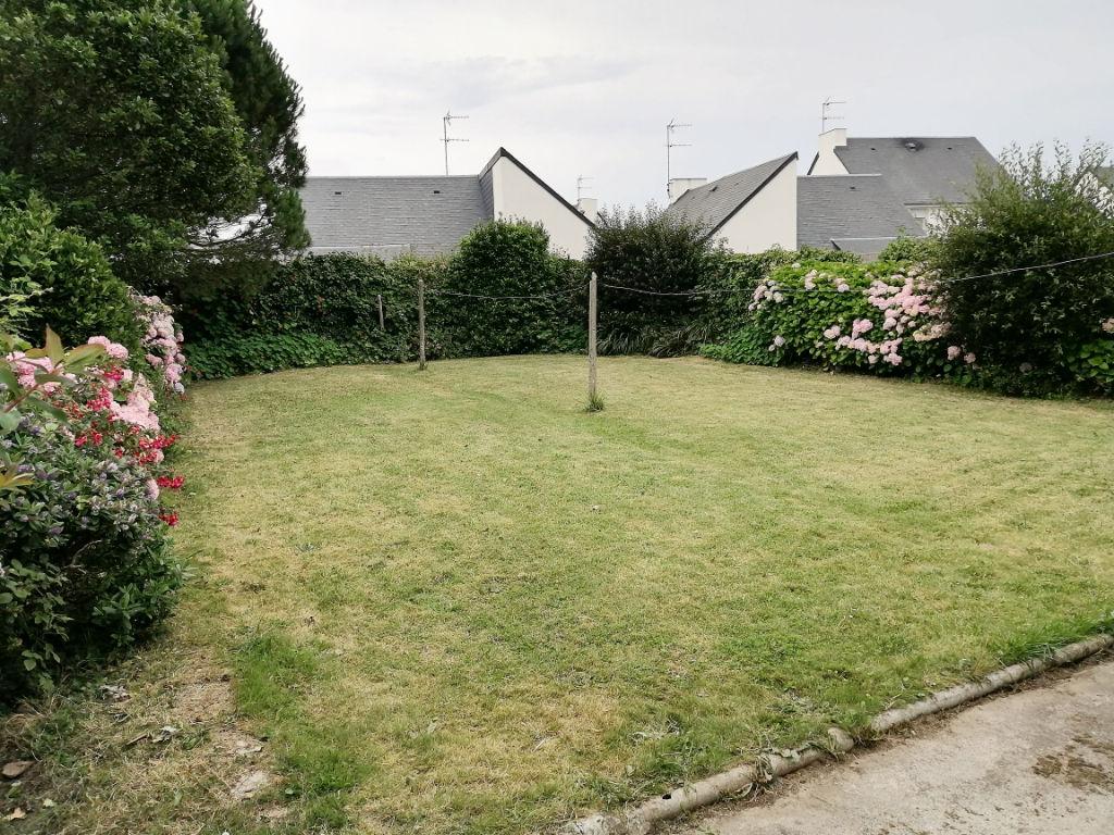 VENDUE - Maison années 30, Plein centre bourg de Ploudalmézeau