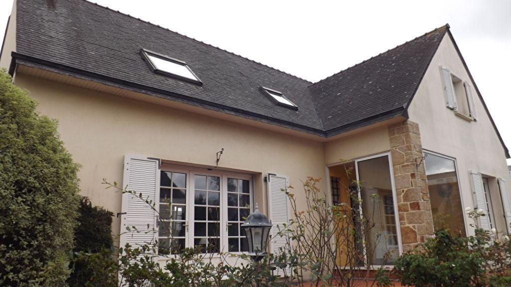 Maison BREST Secteur LAMBEZELLEC -6 chambres -155 m2- 835m² de terrain clos