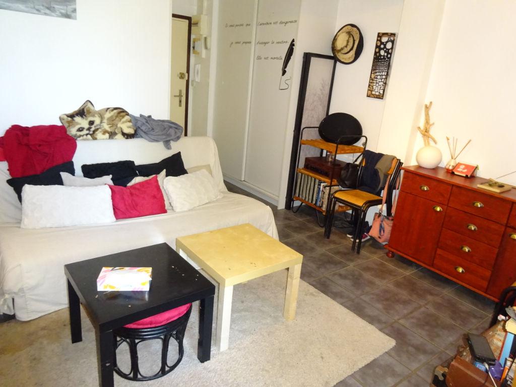 Appartement Capucin 1 pièce 31 m2