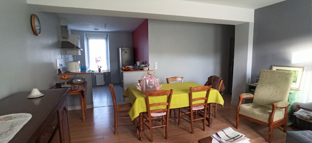 Appartement Ploudalmezeau 4 pièce(s) 79 m2