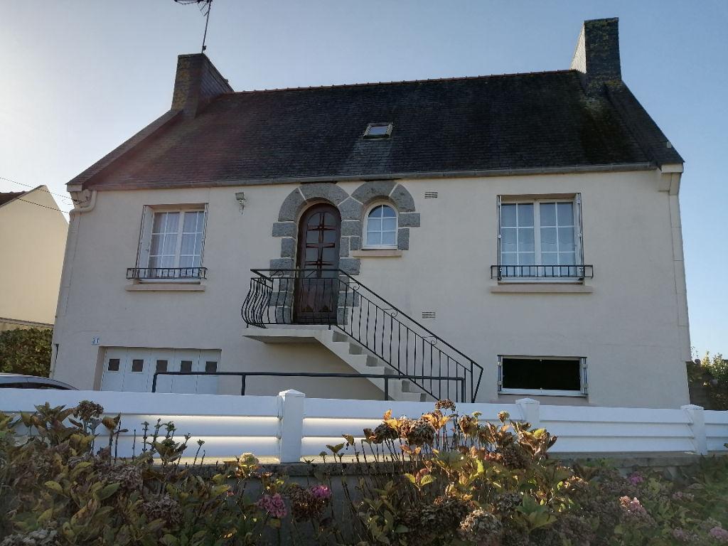 Maison Néo-bretonne Bourg de Ploudalmézeau