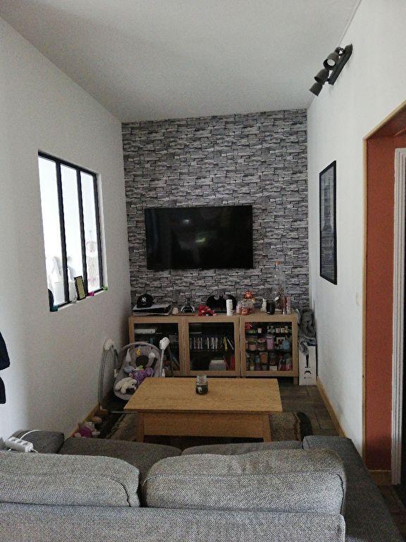 OFFRE D'ACHAT ACCEPTEE - BREST- Saint - Michel Appartement 3 pièces 55.9 m2