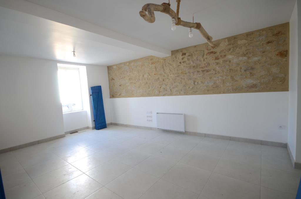 PLOUDALMEZEAU - Maison entièrement rénovée de 133m² avec 4 chambres