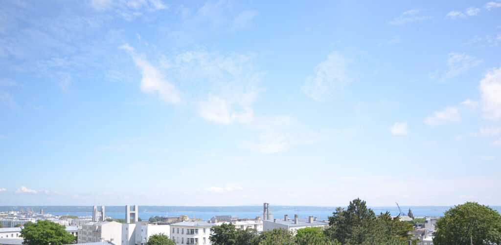 Brest Rive Droite Très beau type 5 vue mer