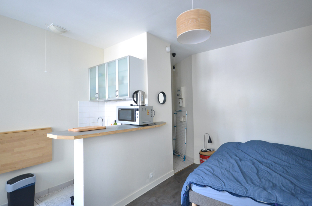 BREST SAINT MICHEL - Studio meublé de 19m²