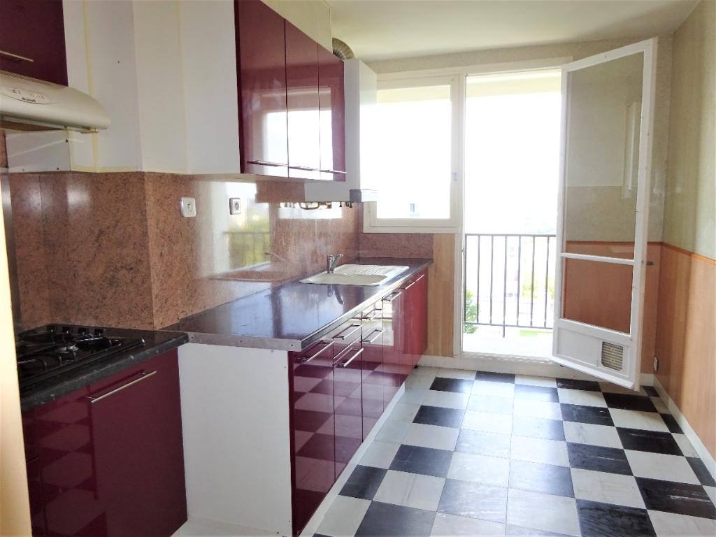 BREST  KERGOAT: appartement T3 (75 m²) en vente