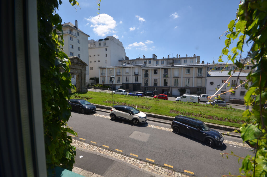 Offre d'achat acceptée - Brest Triangle d'or - Appartement 6 pièces 140m2