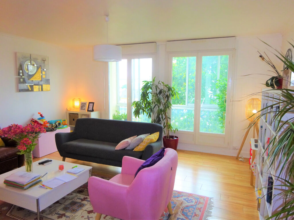 BREST -St Pierre-Appartement T3 (70 m²) proche bourg au calme