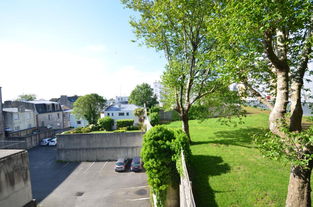 BREST : appartement T2 (34 m²) à vendre