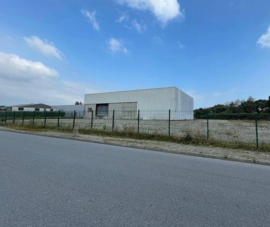 Local d'activité  Brest Guipavas kergaradec 600m² sur 3813 m2