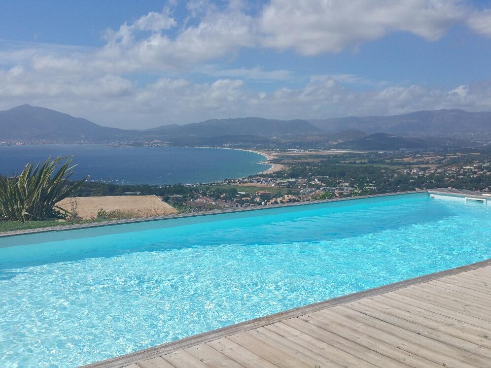 Porticcio villa d'Architecte 240 m² F5+F2  magnifique vue mer et montagne