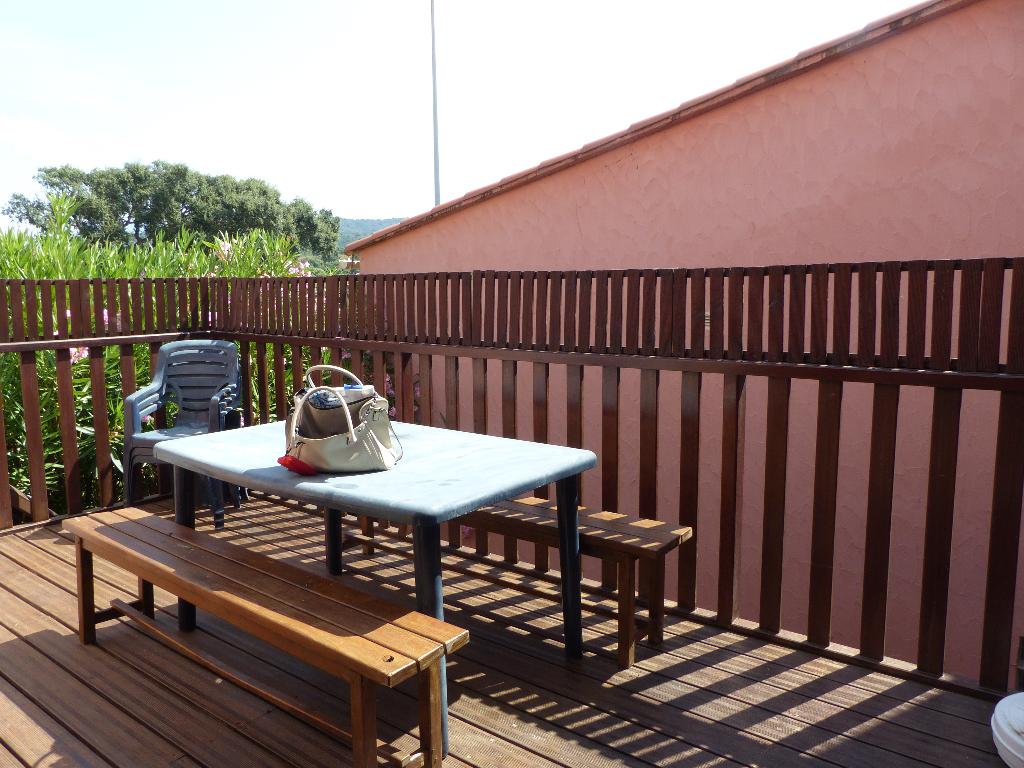 Agosta plage Appartement Duplex T2/T3 de  47 m2 dans résidence avec piscine