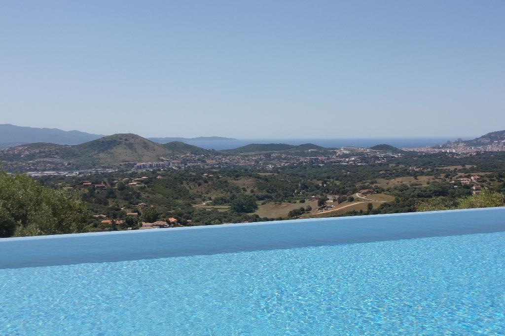 Proprieté de prestige 8 pièce(s) 400 m2 proche Ajaccio 3ha400 vue mer et montagne