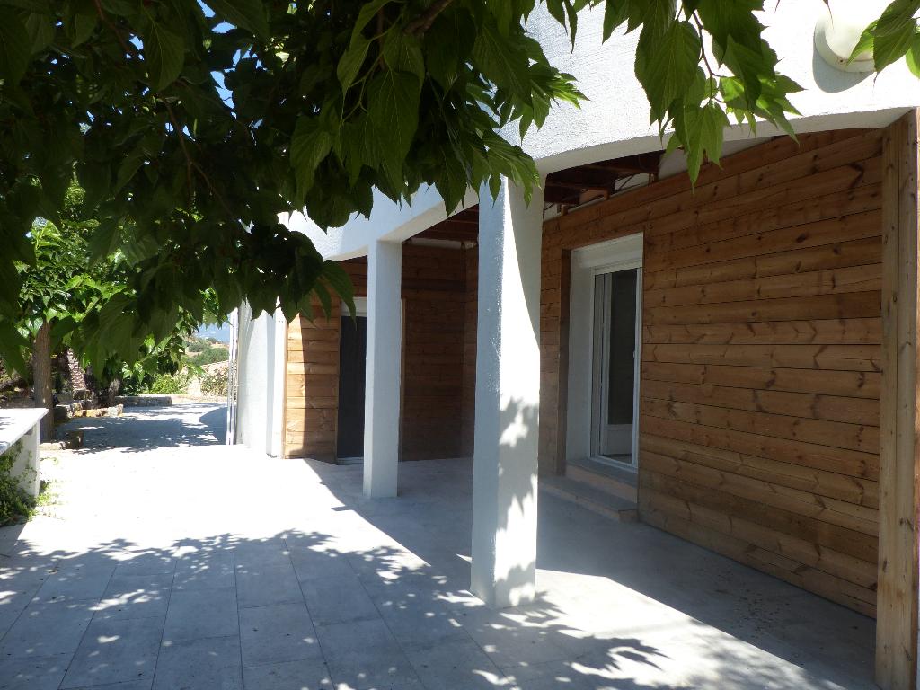 Villa  entrée de Porticcio 4 pièce(s) 180 m2 vue mer garages et dépendances