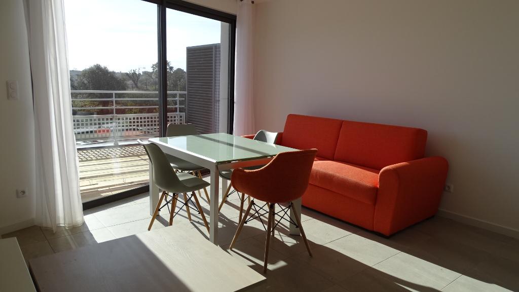 Porticcio charmant T2 récent de 48m²  avec cuisine équipée  dernier étage