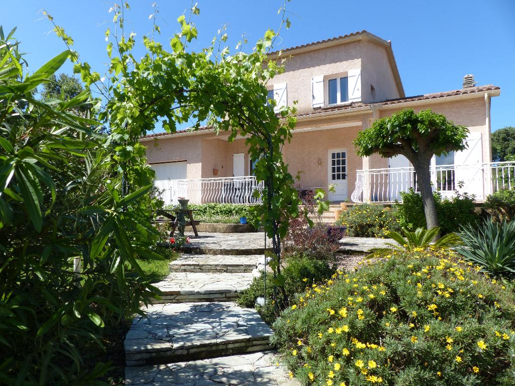 Charmante Villa Bastelicaccia 4 pièce(s) 180 m2 avec piscine vue dégagée