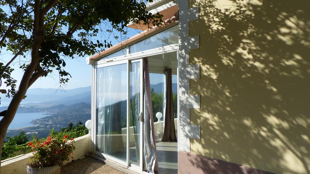 Calcatoggia, Maison 4 pièce(s) 105 m²  magnifique vue mer