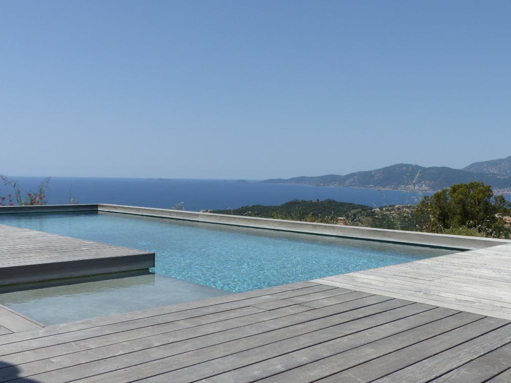 AGOSTA, charmante Villa neuve T4 avec garage piscine  vue mer 140m²