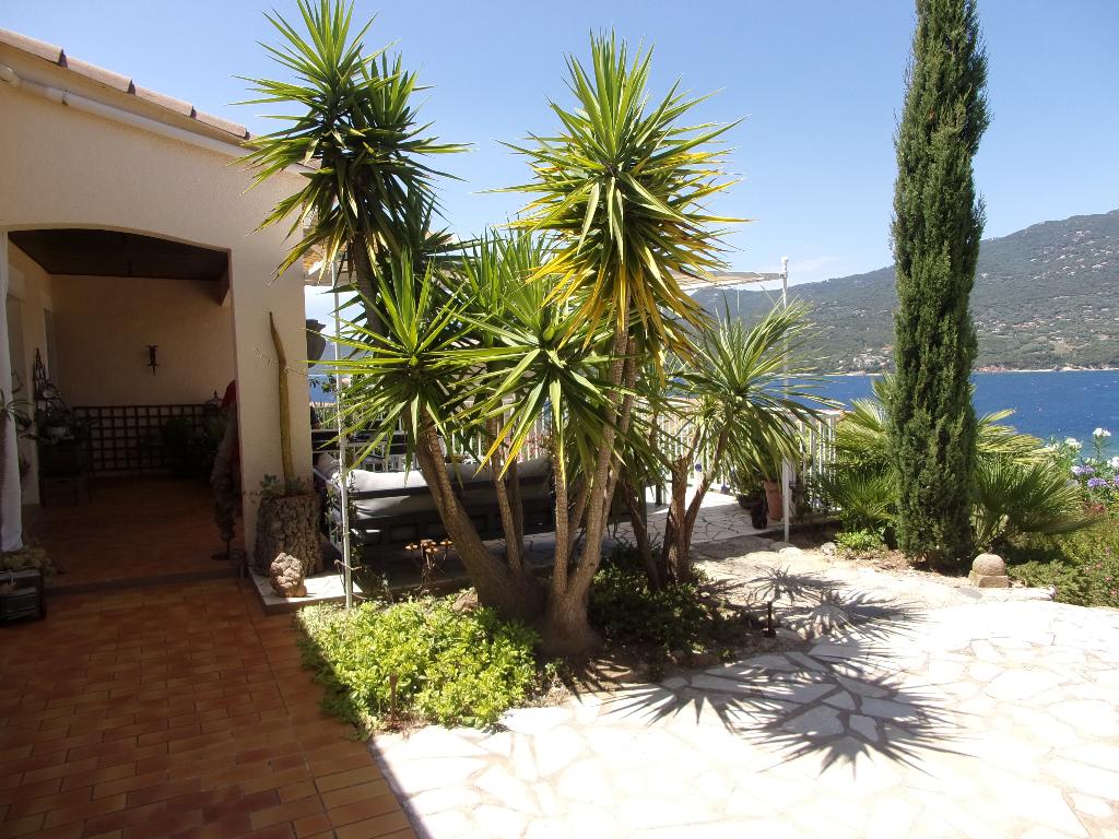 Propriano charmante villa  T5 + T2 + T1 avec  Vue Mer